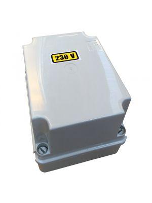 Trasformatore in cassetta 300 VA uscita 12 V per fari e illuminazione piscina