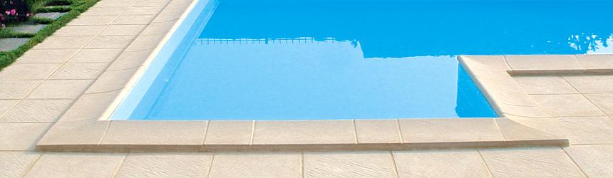 Bordi e piastrelle per piscina