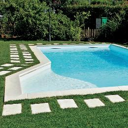 Bordi e piastrelle per piscina - Piastrelle per piscina ...