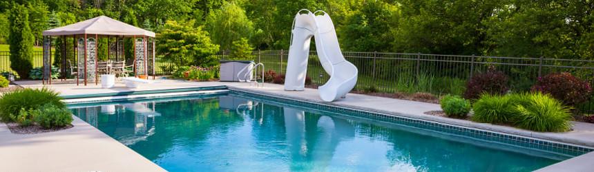 trampolini e scivoli per piscina interrata