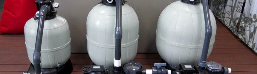 Impianti di filtrazione completi su basamento per piscina
